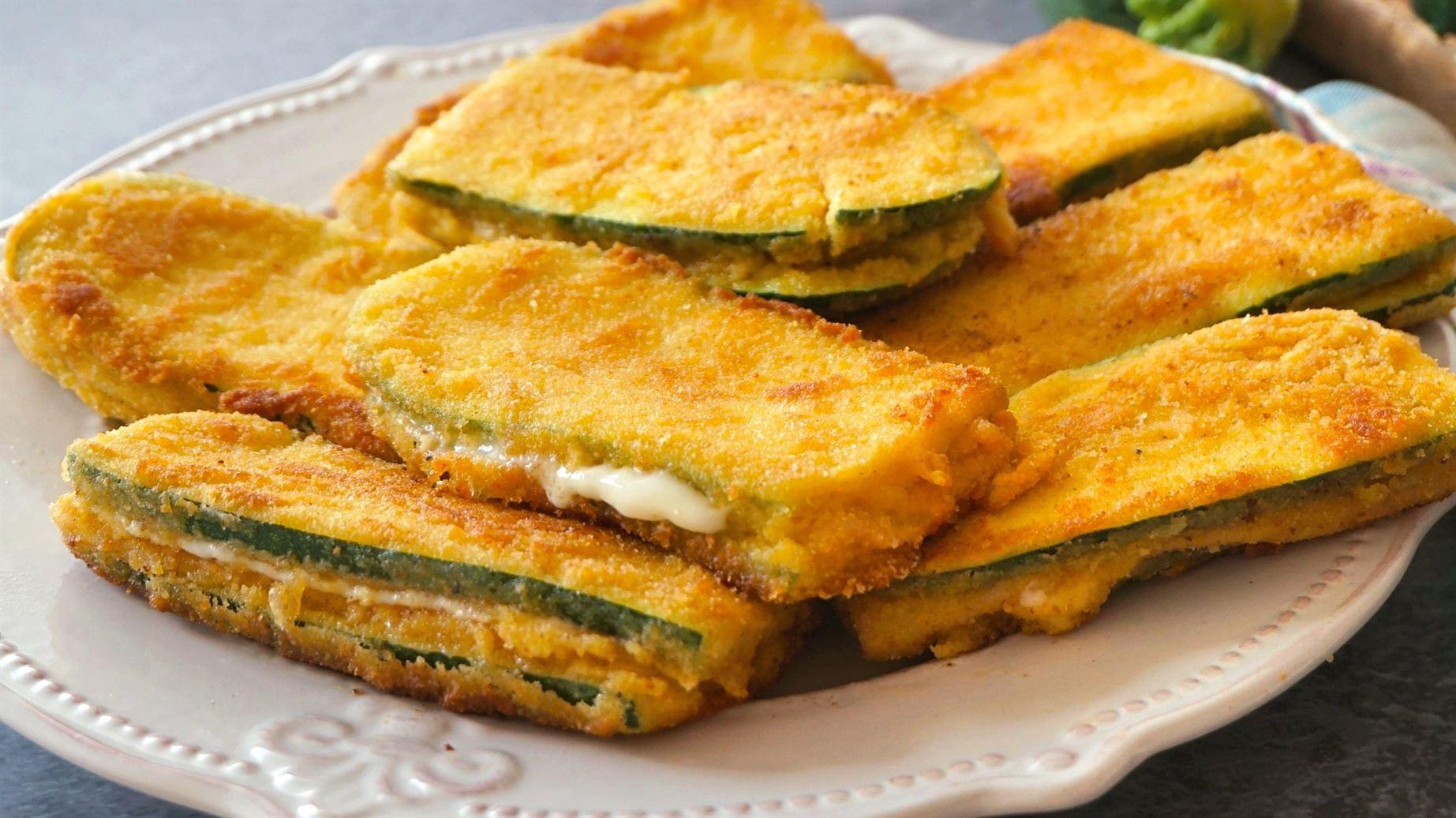 San jacobos de calabacín (zucchini). Te pedirán repetir una y otra vez