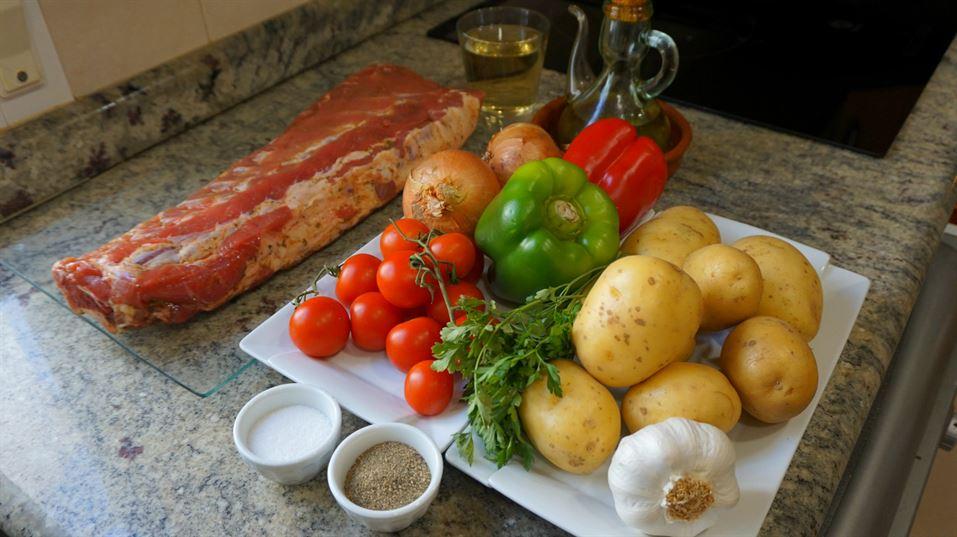 Costilla de cerdo al horno con patatas panadera anna recetas f ciles - Lentejas con costillas y patatas ...
