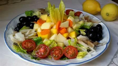 Ensalada vegana dos vinagretas con frutas Anna Recetas Fciles