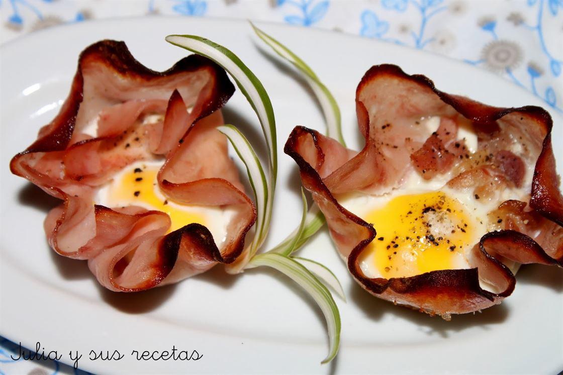 Flores de jamón y huevo de codorniz