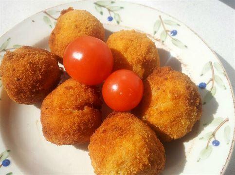 Tomates cherry empanados