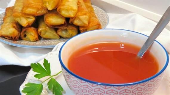 Salsa agridulce china en menos de 5 minutos. ¡Para mojar rollitos sin parar!
