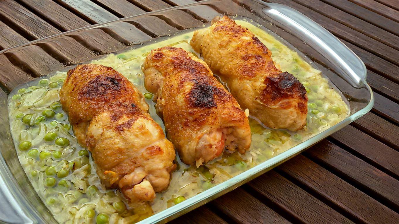 Muslos de pollo rellenos con guisantes anna recetas f ciles for Como cocinar filetes de pollo