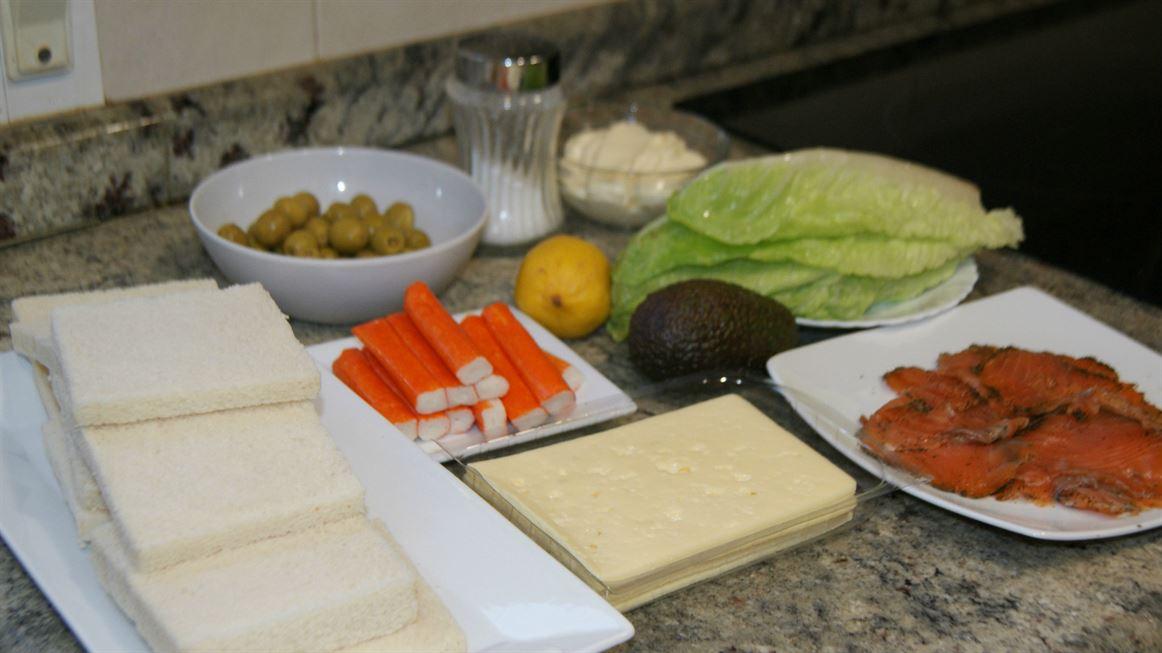Ingredientes para preparar el pastel de salmón