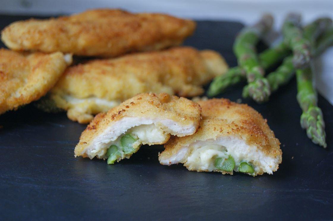 Pechuga de pollo rellena de queso y brócoli -