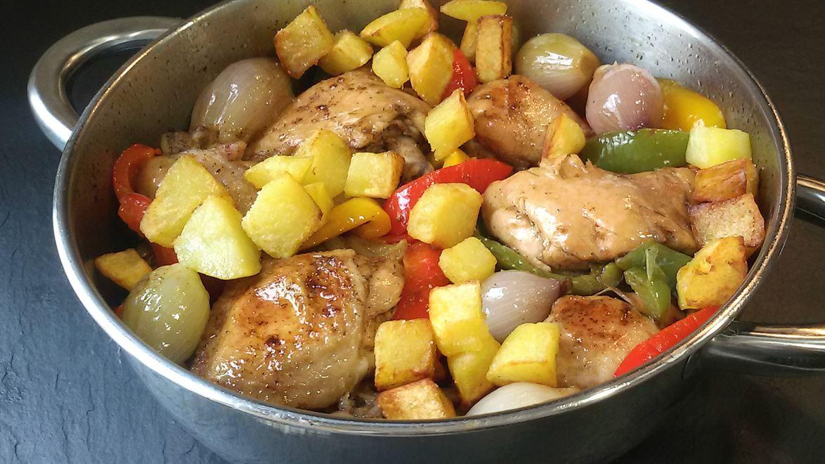 Pollo a la cazuela con pimientos anna recetas f ciles - Platos de pollo faciles ...