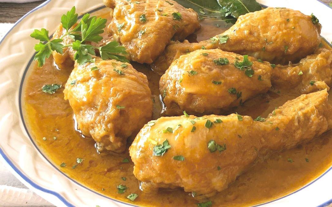Pollo en salsa. Receta fácil, rápida y riquísima (SIN HORNO)