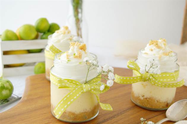 Tarta de lima en tarritos