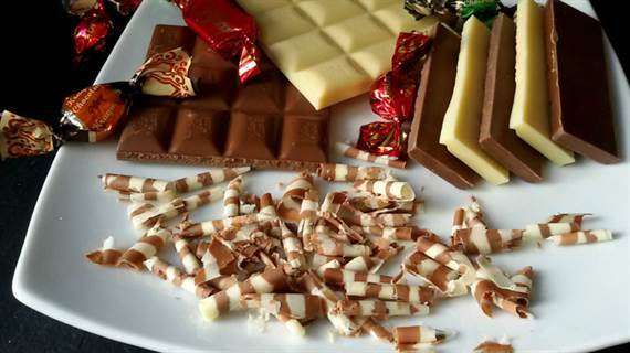 truco cmo hacer virutas de chocolate para decorar tartas